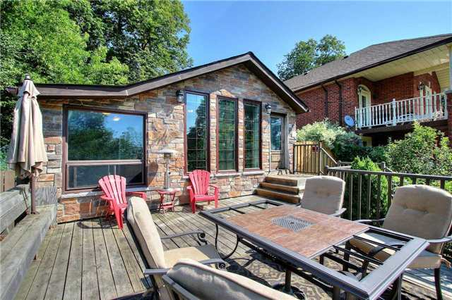 Detached at 110 Cedarvale Blvd, Whitchurch-Stouffville, Ontario. Image 12