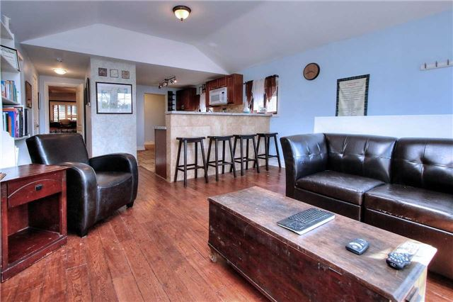 Detached at 110 Cedarvale Blvd, Whitchurch-Stouffville, Ontario. Image 17