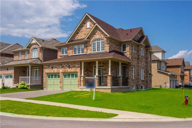 Detached at 1404 Butler St, Innisfil, Ontario. Image 12