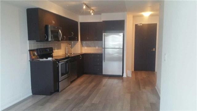Condo Apartment at 372 Highway 7 E, Unit 716, Richmond Hill, Ontario. Image 2