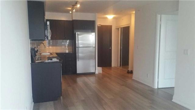 Condo Apartment at 372 Highway 7 E, Unit 716, Richmond Hill, Ontario. Image 3