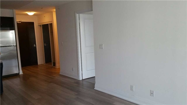 Condo Apartment at 372 Highway 7 E, Unit 716, Richmond Hill, Ontario. Image 4