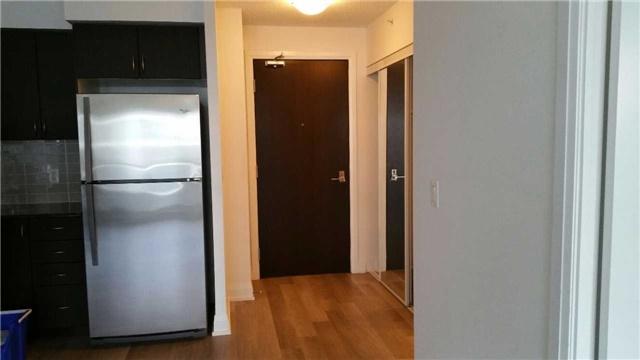 Condo Apartment at 372 Highway 7 E, Unit 716, Richmond Hill, Ontario. Image 5