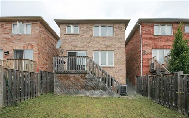 Detached at 111 Venice Gate Dr, Vaughan, Ontario. Image 4