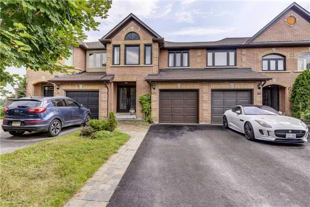 Townhouse at 25 Mistleflower Crt, Richmond Hill, Ontario. Image 1
