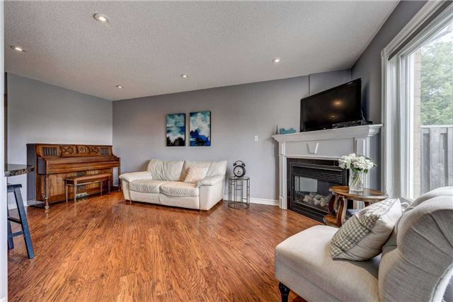 Townhouse at 25 Mistleflower Crt, Richmond Hill, Ontario. Image 20