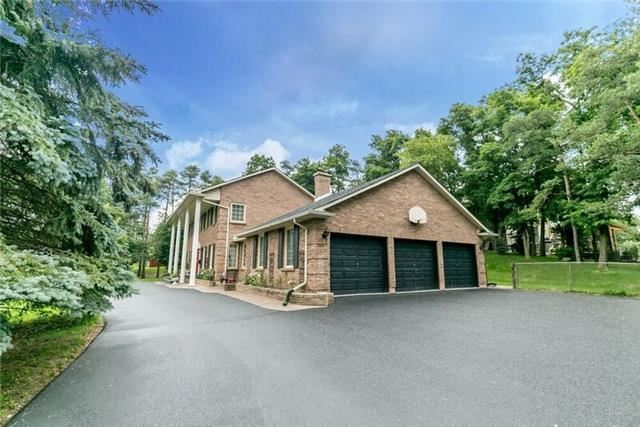 Detached at 2 Cynthia Cres, Richmond Hill, Ontario. Image 13