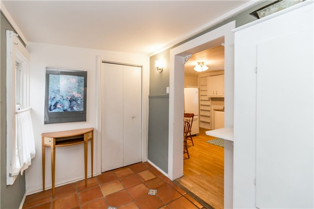 Detached at 30 Victoria St, Whitchurch-Stouffville, Ontario. Image 12