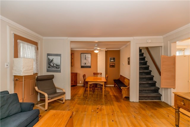 Detached at 30 Victoria St, Whitchurch-Stouffville, Ontario. Image 17