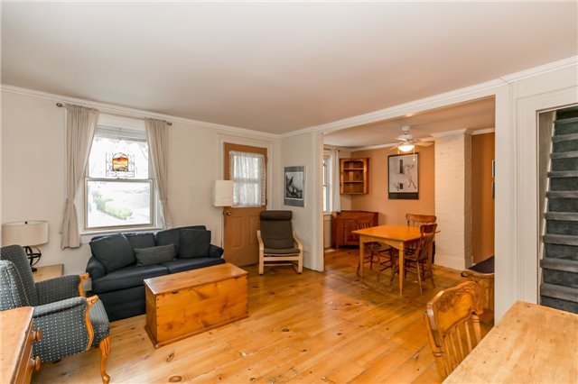 Detached at 30 Victoria St, Whitchurch-Stouffville, Ontario. Image 19