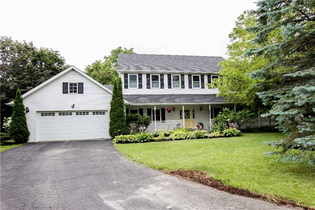 Detached at 4 Vanvalley Dr, Whitchurch-Stouffville, Ontario. Image 1