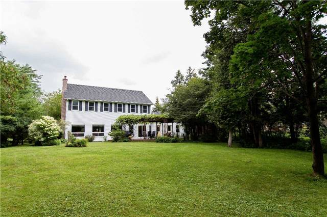 Detached at 4 Vanvalley Dr, Whitchurch-Stouffville, Ontario. Image 11