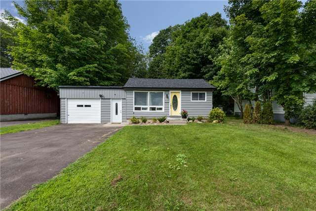 Detached at 2040 Inglewood Dr, Innisfil, Ontario. Image 1