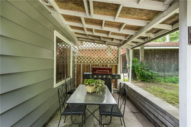 Detached at 2040 Inglewood Dr W, Innisfil, Ontario. Image 3
