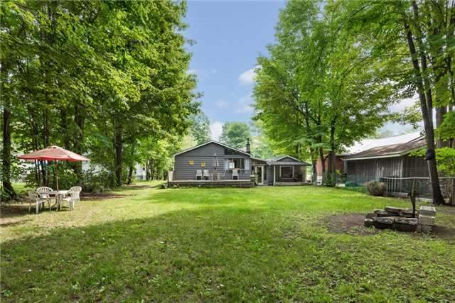 Detached at 2040 Inglewood Dr W, Innisfil, Ontario. Image 7