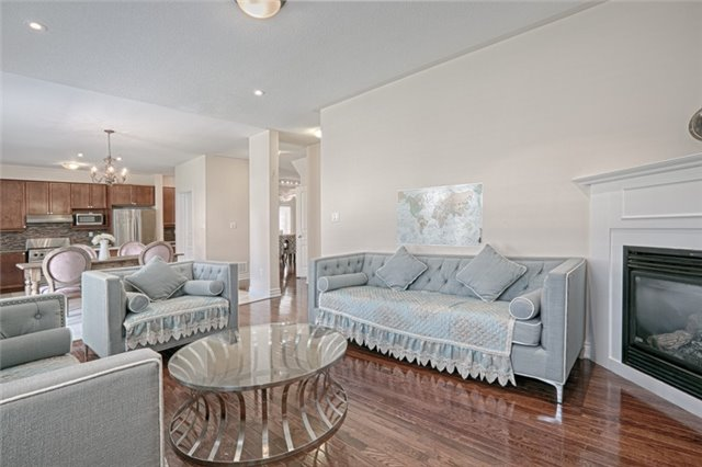Detached at 46 Solace Rd, Markham, Ontario. Image 3