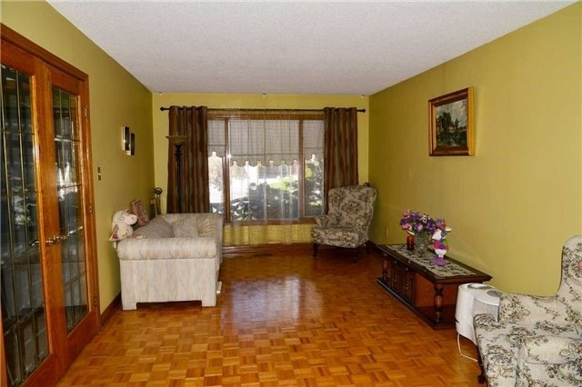 Detached at 8286 Martin Grove Rd, Vaughan, Ontario. Image 16