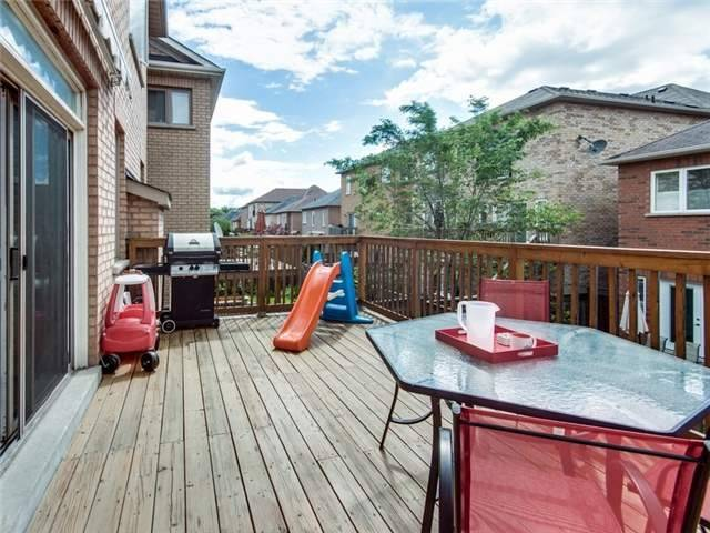 Detached at 135 Leameadow Rd, Vaughan, Ontario. Image 9