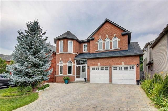 Detached at 69 Alpine Cres, Richmond Hill, Ontario. Image 1