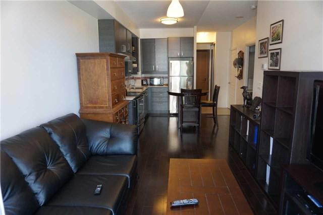 Condo Apartment at 1 Uptown Dr, Unit 616, Markham, Ontario. Image 2