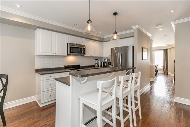 Townhouse at 73 Sequin Dr, Richmond Hill, Ontario. Image 19