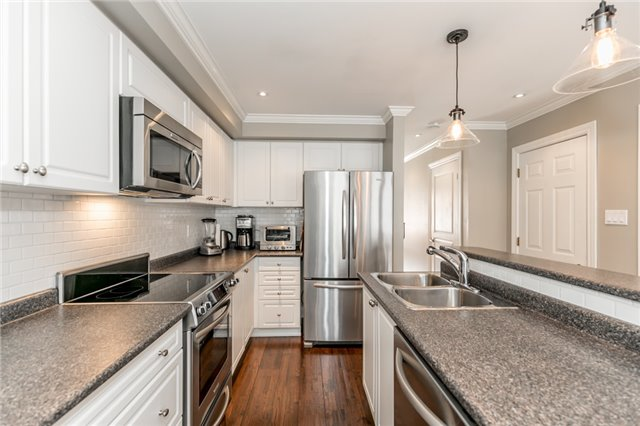 Townhouse at 73 Sequin Dr, Richmond Hill, Ontario. Image 20