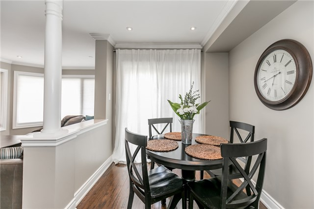 Townhouse at 73 Sequin Dr, Richmond Hill, Ontario. Image 3