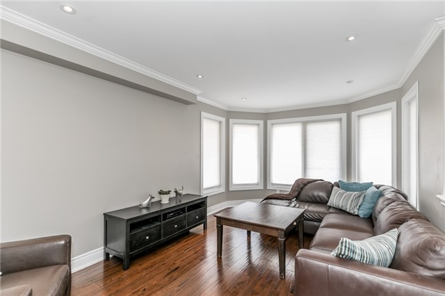 Townhouse at 73 Sequin Dr, Richmond Hill, Ontario. Image 4