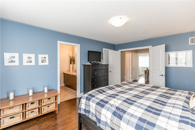 Townhouse at 73 Sequin Dr, Richmond Hill, Ontario. Image 7