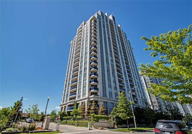 Condo Apartment at 7 North Park Rd, Unit 1811, Vaughan, Ontario. Image 1