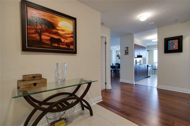 Condo Apartment at 7 North Park Rd, Unit 1811, Vaughan, Ontario. Image 20