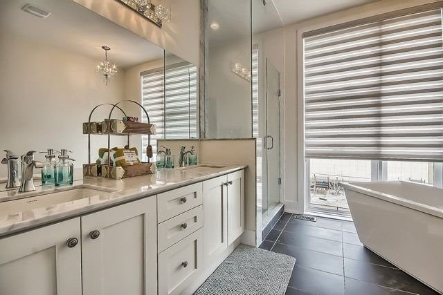 Townhouse at 92 Sunset Terr, Vaughan, Ontario. Image 5