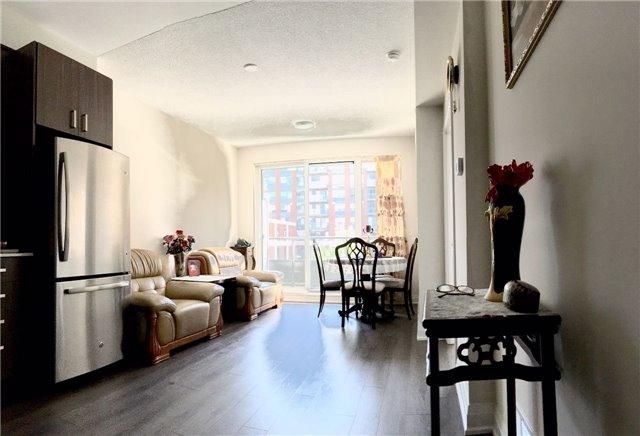 Condo Apartment at 28 Uptown Dr, Unit 227, Markham, Ontario. Image 9
