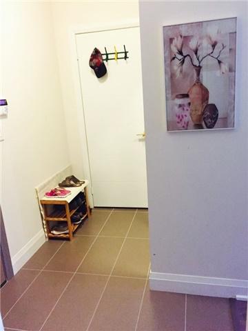 Condo Apartment at 28 Uptown Dr, Unit 227, Markham, Ontario. Image 11