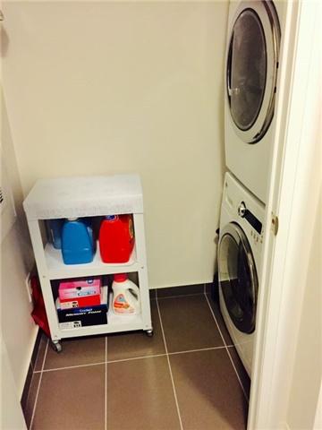 Condo Apartment at 28 Uptown Dr, Unit 227, Markham, Ontario. Image 2