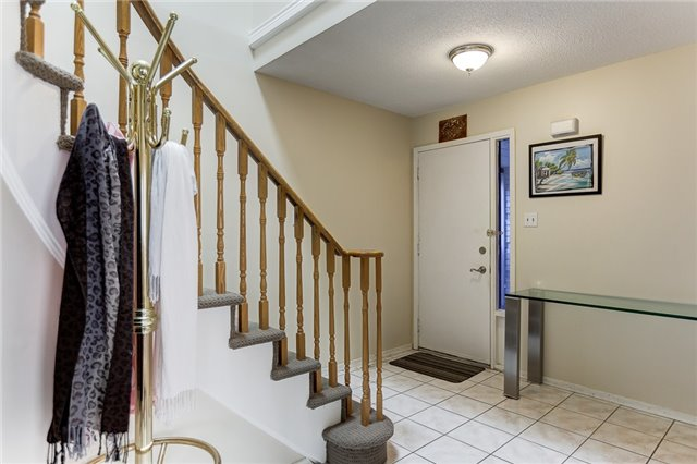 Detached at 40 Karen Miles Cres, Markham, Ontario. Image 12