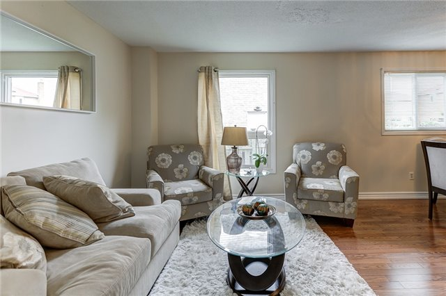 Detached at 40 Karen Miles Cres, Markham, Ontario. Image 14
