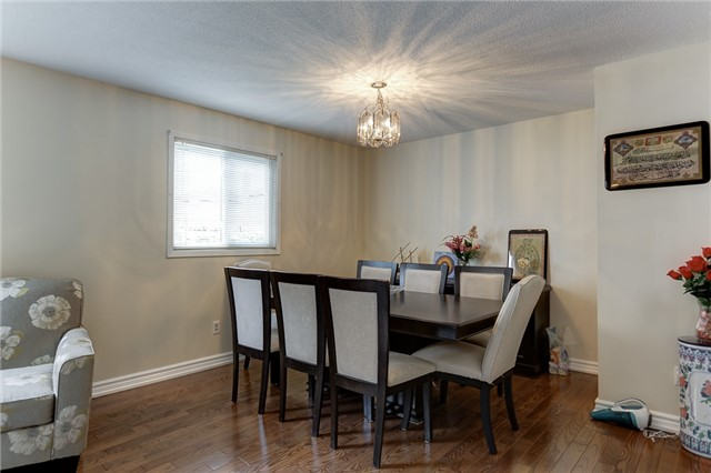 Detached at 40 Karen Miles Cres, Markham, Ontario. Image 15