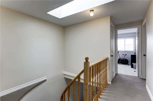 Detached at 40 Karen Miles Cres, Markham, Ontario. Image 7