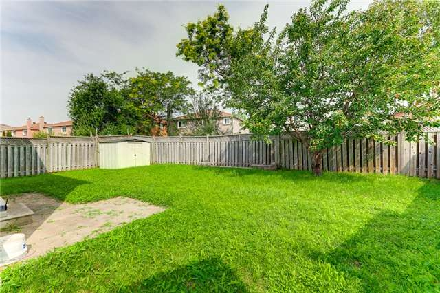 Detached at 40 Karen Miles Cres, Markham, Ontario. Image 11