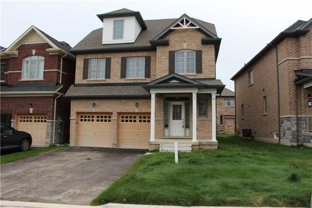 Detached at 84 Frederick Pearson St, East Gwillimbury, Ontario. Image 1