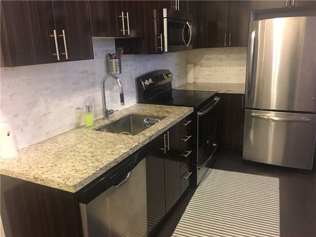 Condo Apartment at 7161 Yonge St, Unit 2231, Markham, Ontario. Image 9