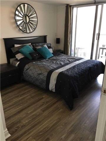 Condo Apartment at 39 Galleria Pkwy, Unit 819, Markham, Ontario. Image 11