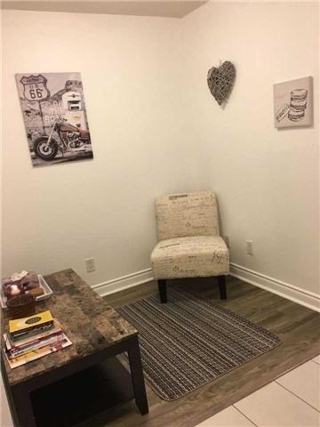 Condo Apartment at 39 Galleria Pkwy, Unit 819, Markham, Ontario. Image 14