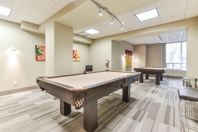 Condo Apartment at 39 Galleria Pkwy, Unit 819, Markham, Ontario. Image 5