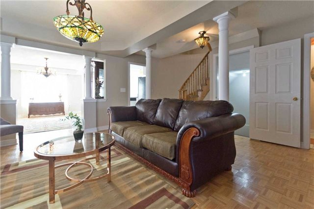 Detached at 90 Wilcox Rd, Vaughan, Ontario. Image 15