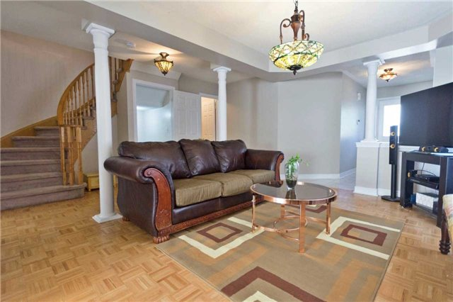 Detached at 90 Wilcox Rd, Vaughan, Ontario. Image 16