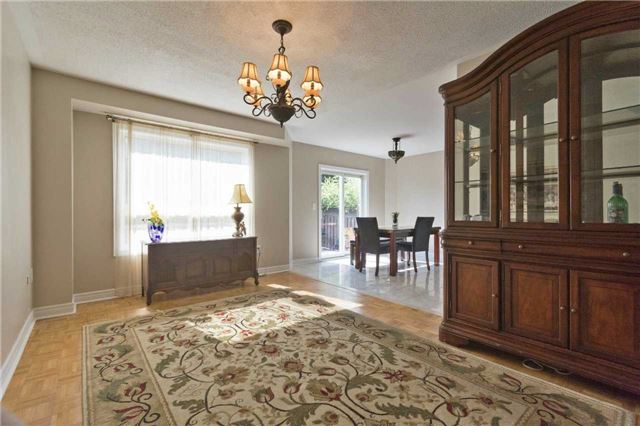 Detached at 90 Wilcox Rd, Vaughan, Ontario. Image 17