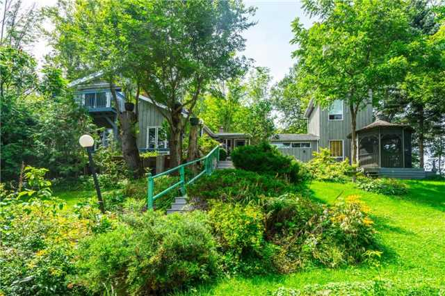Detached at 12622 Mill Rd, King, Ontario. Image 1