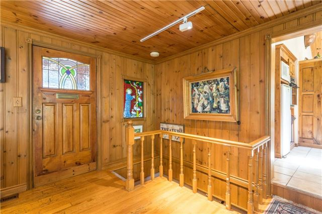 Detached at 12622 Mill Rd, King, Ontario. Image 12